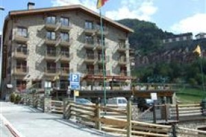 Parador Canaro voted  best hotel in Incles